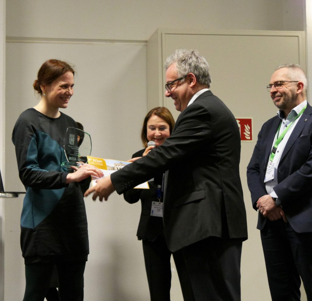 Receiving the First Prize of the ECToH Young Professional Award of the European Cancer Leagues (February 2020)